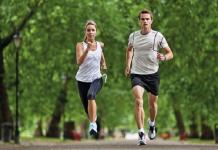 Chạy bộ bài tập giảm cân hiệu quả.