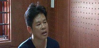 Người đàn ông đâm chết vợ trước cổng công ty do ghen tuông