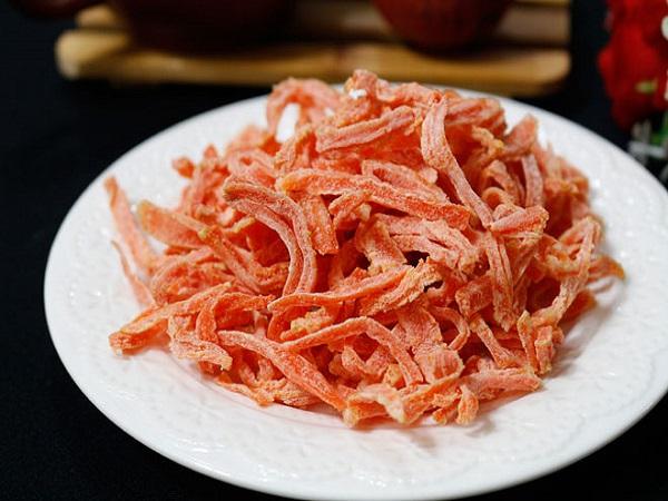 Cách làm mứt cà rốt lăn dừa