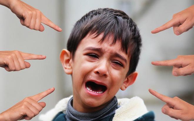 Dấu hiệu nhận biết con bạn bị bắt nạt ở trường học